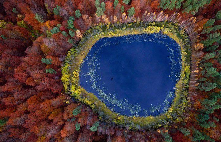 Des photos éblouissantes des lacs de Pologne traversant les saisons ! par Kacper Kowalski  #Pologne