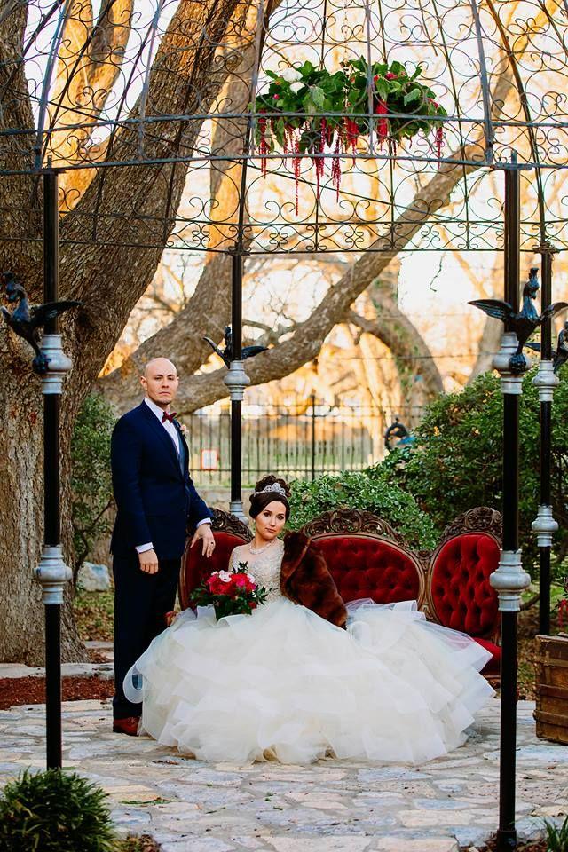 Venue Discounts At Spinelli S Wedding Venue In Comfort Texas Cheap Wedding Venues Wedding Venues Wedding