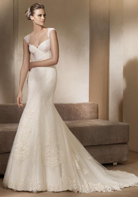 17 Best images about Pronovias on Pinterest | Canada, Madeira and ...