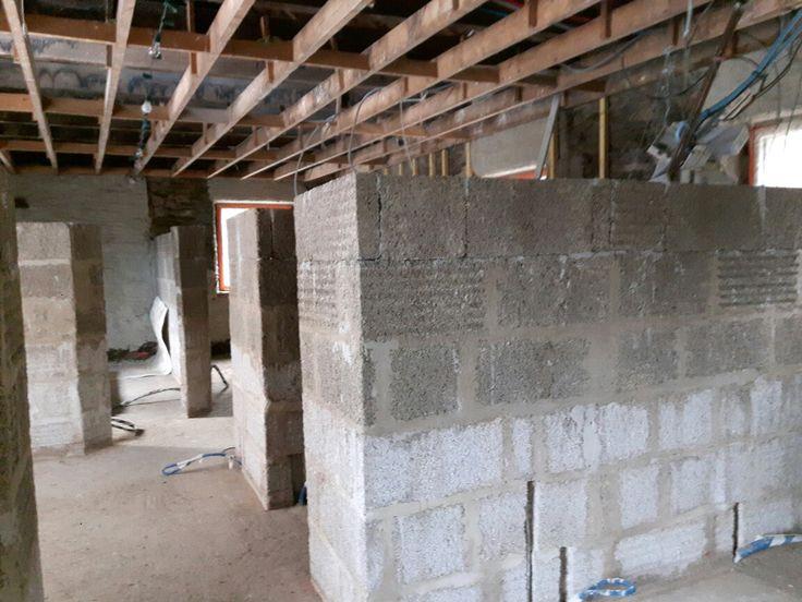 1,80m #rénovation #immobilier #maison #house #oldhouse #architecture #interior #isolation #chaux #chanvre #patrimoine #travaux #bretagne