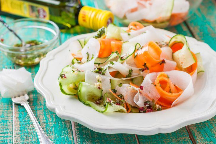ОВОЩНАЯ ЛАПША  Простое блюдо для красоты и стройности!  http://www.koolinar.ru/recipe/view/123561
