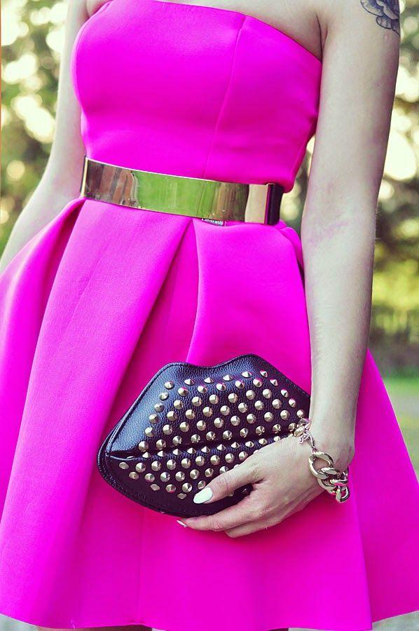 Styleev: NEON DRESS & BLACK