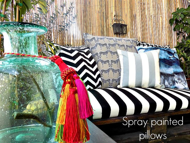 diy-spray-painted-pillows-cover