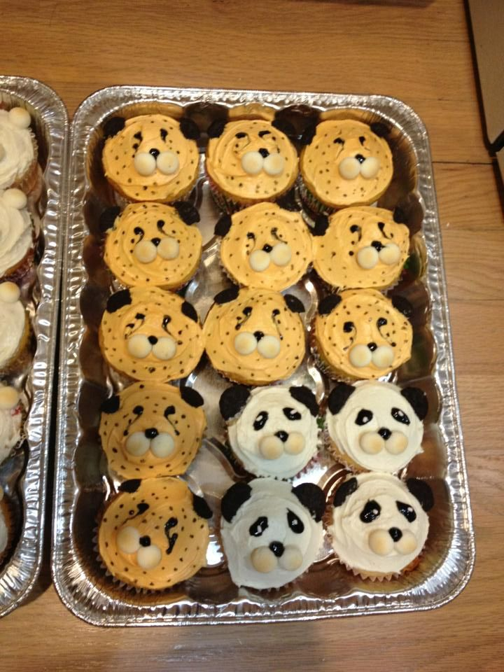 Panda Bear and Cheetah Cupcakes! by TempusNox