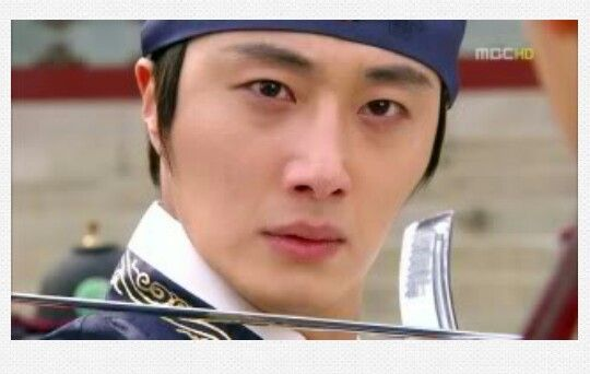 The moon that embraces the sun!