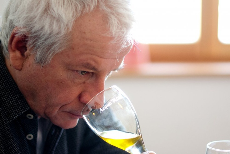 Verkostungsleiter Amadeus Löw  http://biohotels.info/de/best-of-bio/olive-oil-2013/#
