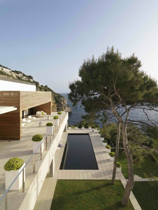 Spanish Interior Designer Susanna Cots Has Designed The Interior Of This  Contemporary Coastal House Located In