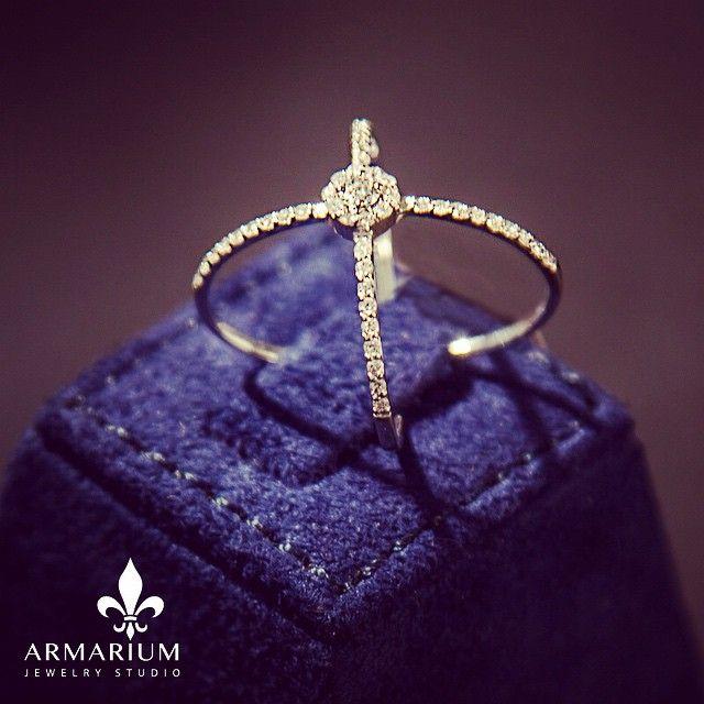 #armarium #jewelry #craftmanship #gold #quality #handcrafted #dubai #diamond #collections #necklace #ring #bracelet #earring #mydubai #shop #couture #style #creation #love #waslvita #fashion #jewels