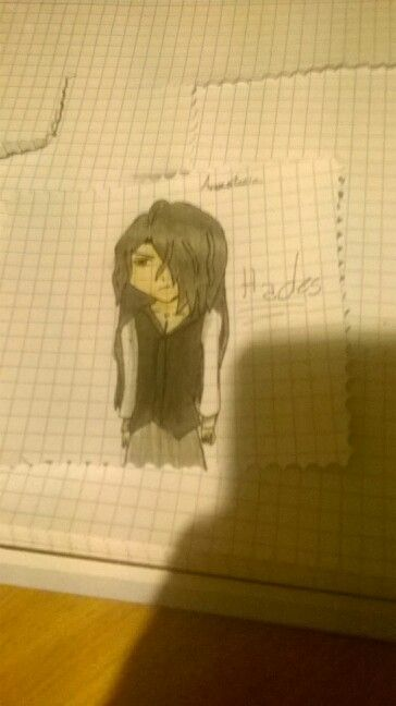 I tried to draw Hades Aidoneus from kamigami no asobi, and there's the result. It's not perfecto, I know, but it's something, isn't it?