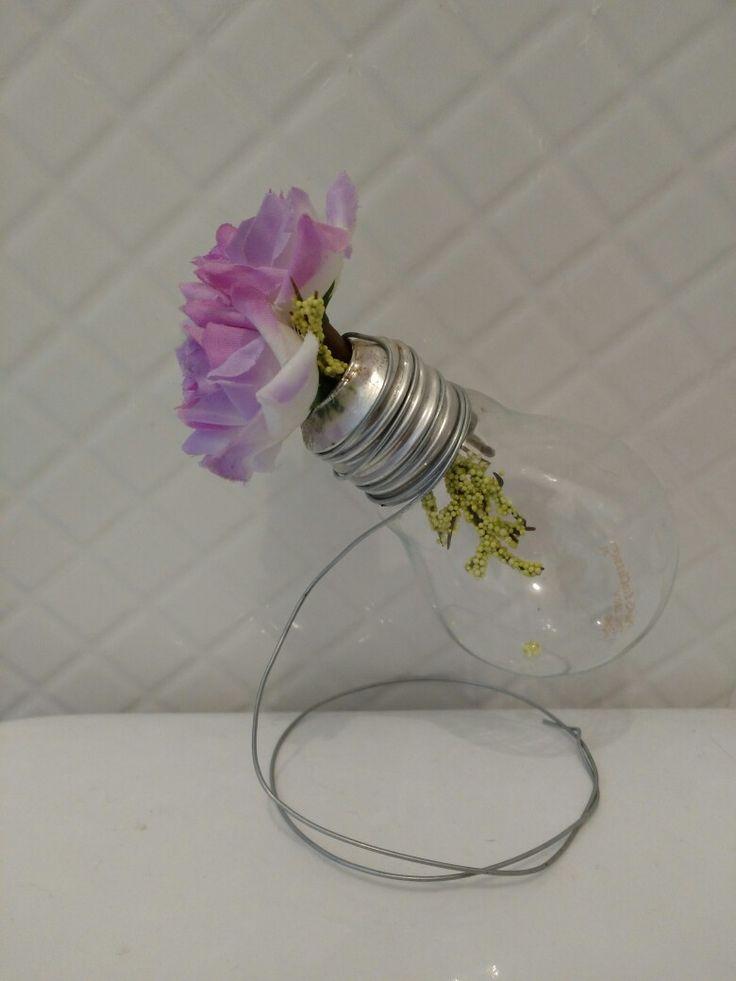 Utilidade para lampadas velhas