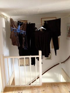 How To Put Laundry Machines In Small Het Rooms