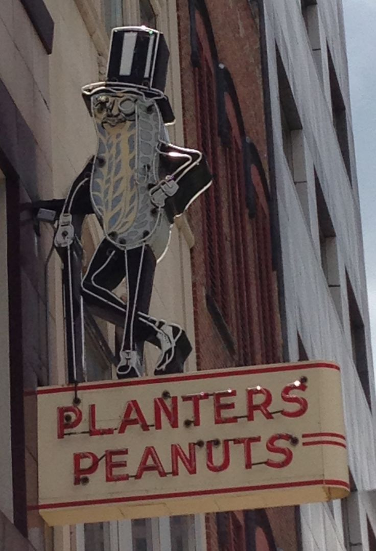 Great old neon sign. I remember Mr. Peanut walking up Peachtree Road giving out packs of peanuts