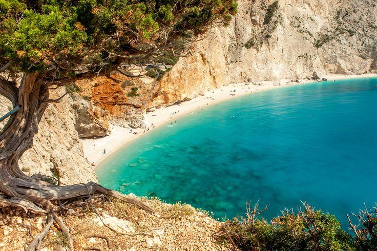 Οι 15 παραλίες που πρέπει να επισκεφτεί κάθε Έλληνας.. Πόρτο Κατσίκι #Λευκάδα #ελλάδα