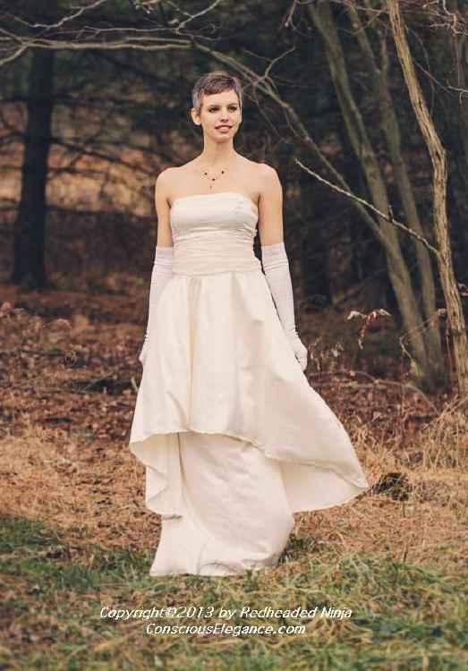 Convertible Clio by Conscious Elegance is two dresses in one!  #weddingdress, #ecowedding, #sustainablewedding, #ecofriendlyweddingdress