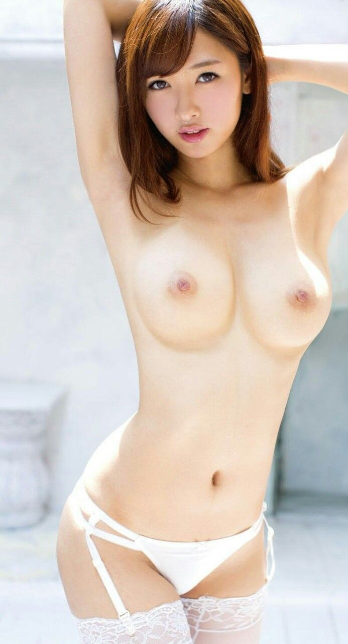 Sexy Teen Japanese Babe Boobs 111