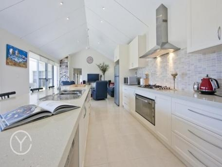 East Fremantle, kitchen