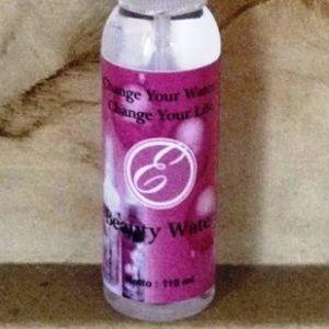 Beauty Water adalah  produk perawatan/kecantikan kulit dengan air spray yang terbuat dari kandungan dengan campuran khusus.