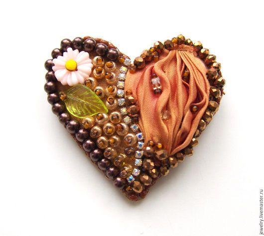"""Броши ручной работы. Ярмарка Мастеров - ручная работа. Купить Брошь """"Мое сердце"""" с лентой шибори. Handmade. Коричневый"""