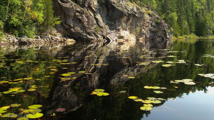 Pictoglyph Rock on Ninth Lake, Spanish River, 2017. Photo by Doug Colter
