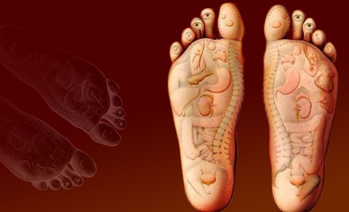 Based on the principle that there are reflexes in the hands and feet that correspond to every part of the body, this deeply relaxing foot and hand massage helps bring about physical and mental well being.