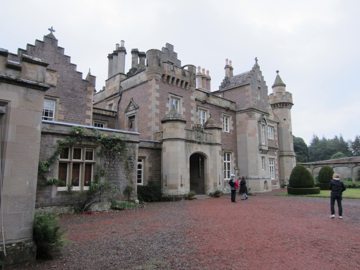 touring castles and homes