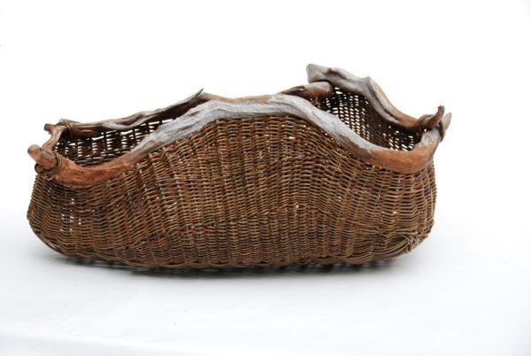 Weaving magic: Contemporary baskets crafted from sustainable materials. Most baskets that are traditionally woven together using material that is biodegradable and found in nature and there is nothing very startling about it. But it is a whole another art form to incorporate wooden pieces and organic matter found around into stunning basket designs.