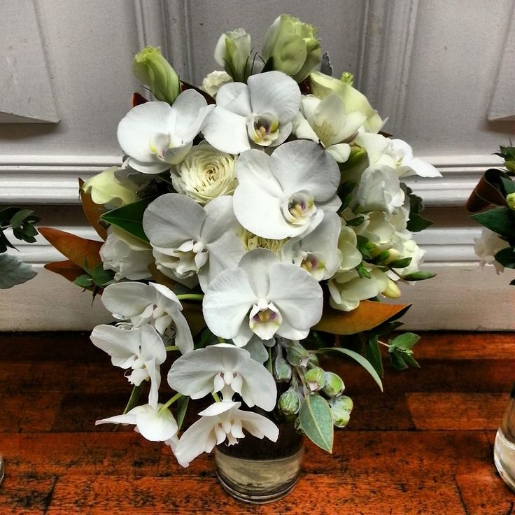 Trailing bouquet with the most beautiful orchids.