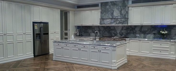 Eagle Stone is experts in vanity splashback and Stone Creation in Melbourne. We ensure that all of our stone products are fabricated with the utmost precision and quality.