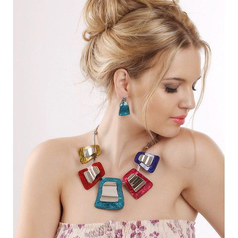 Classic Resin Plant Patterned Elegant Rhinestone Necklace and Earrings | Stylish Beth