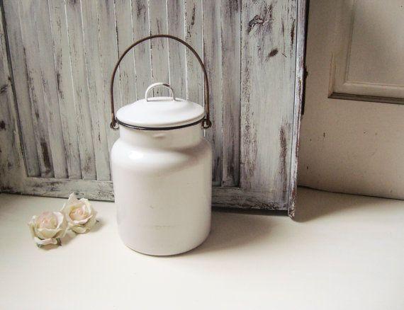 Rustic Farmhouse White Enamel Milk Jug, Metal Milk Container, French Farmhouse, Country Kitchen, Decorative Metal Container, Shabby Kitchen