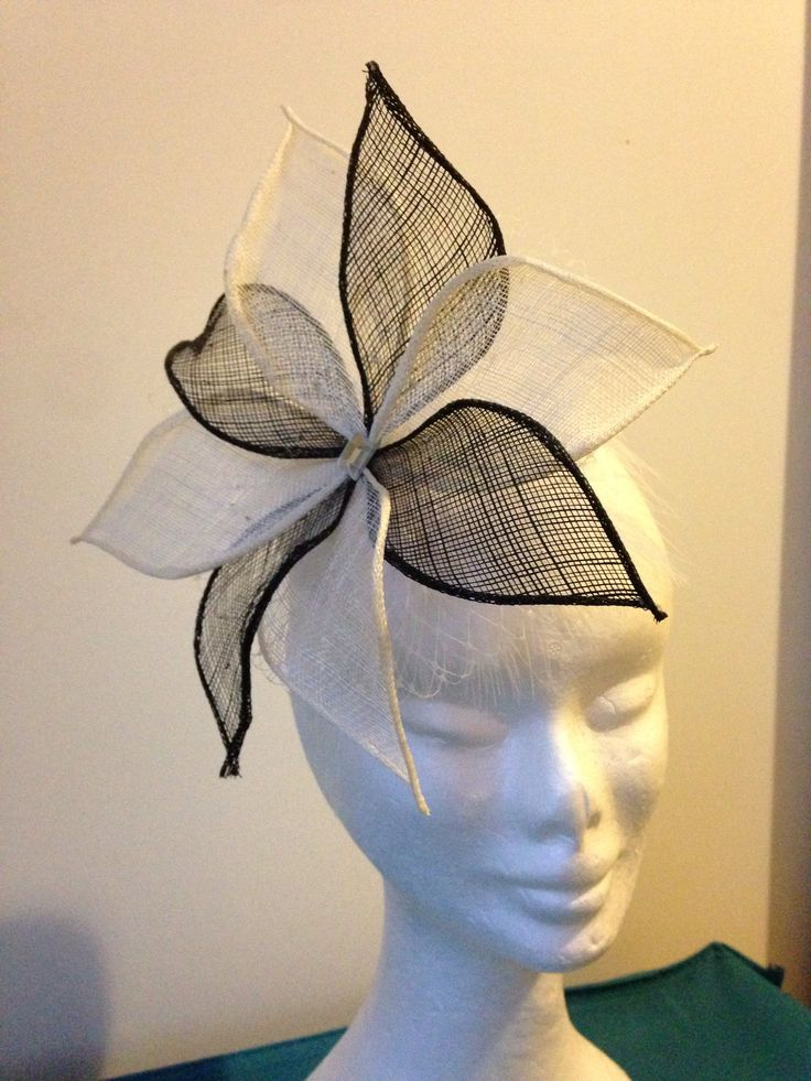 Black & white sinamay flower, small white base, with comb