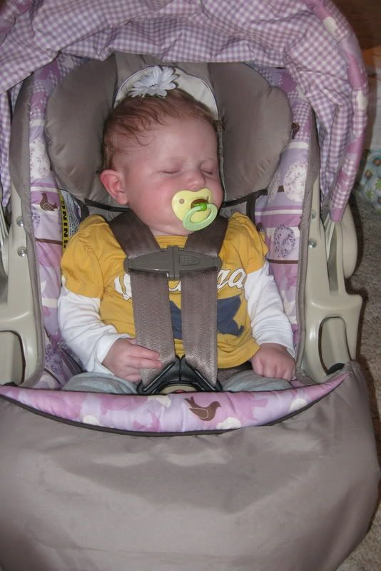 170 best images about carseats on pinterest infant seat baby car seats and reborn baby girl. Black Bedroom Furniture Sets. Home Design Ideas