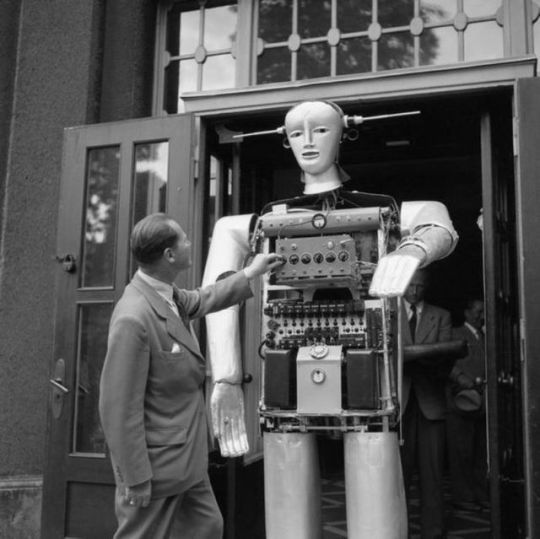 SABOR V robot getting a quick check-up prior to a show, Germany, 1952