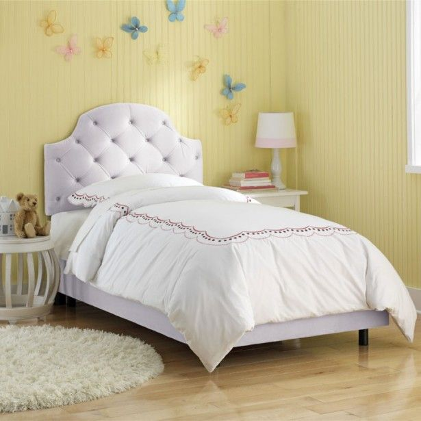 Complement Your Bedroom Layout with Stunning Tufted Headboards