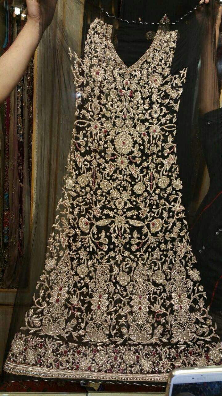 pure chiffon hand embroidered bridal dress Russian trouser pure dupata with spray and border 50000 pkr
