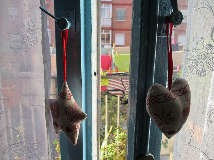 a través del balcón cotidiano