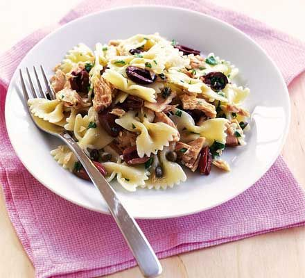 This delicious pasta recipe makes a quick and simple supper (I would add rocket (arugula) too)