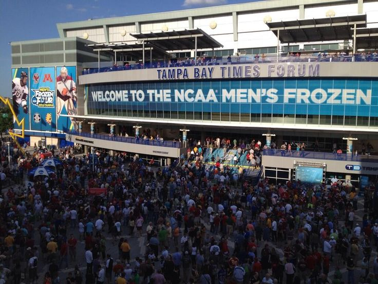I miss #TBTimesForum > In honor of today's #NCAA Ice #Hockey national semis, a #TBT to '12 #FrozenFour at #TampaBay Times Forum. Looking forward to '16!   #RobHiggins #twitter   Home of #TBLightning #Bolts #NHL