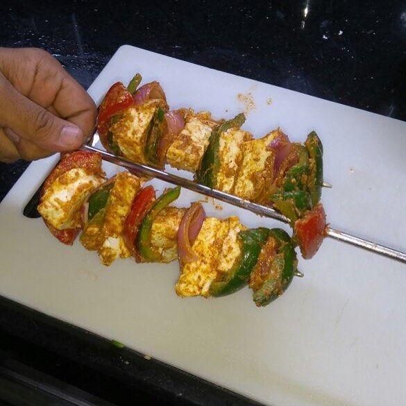 Paneer tikka made at home ....... tasty yummy and quick ....#paneer #paneertikka  #paneertikkamasala  #mencancook  #mencancooktoo  #mencancook2 #cookingisfun #cooking  #vegetarianrecipes #fun #mumbai #india