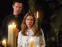 Alyssa  y Cole en THE CHARMED