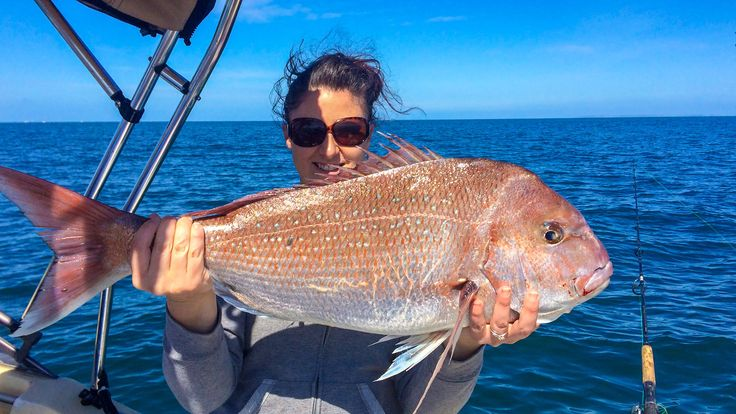 Fishing Australian Snapper Late Season Summer Reds Catching A 5.3 kg Fish