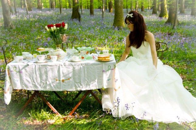 Dedicato a chi si sposa nel primo pomeriggio, a chi ha pochi invitati, ma soprattutto a chi vuole stupire con un ricevimento originale