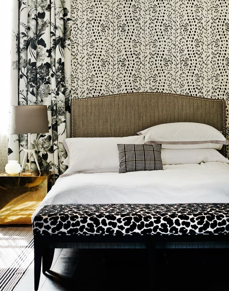 1000 images about statement wallpaper ideas on pinterest for Statement wallpaper living room