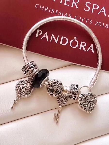 0e26b1aaf Pandora vintage family tree key lock love charm bracelet in 2019 ...