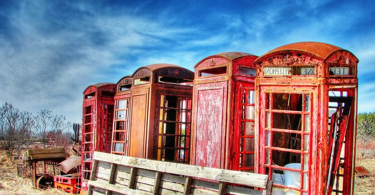 These forgotten telephone booths in Ashburn, Whitby, Ontario: | 19 Terrifying But Gorgeous Abandoned Places In Canada