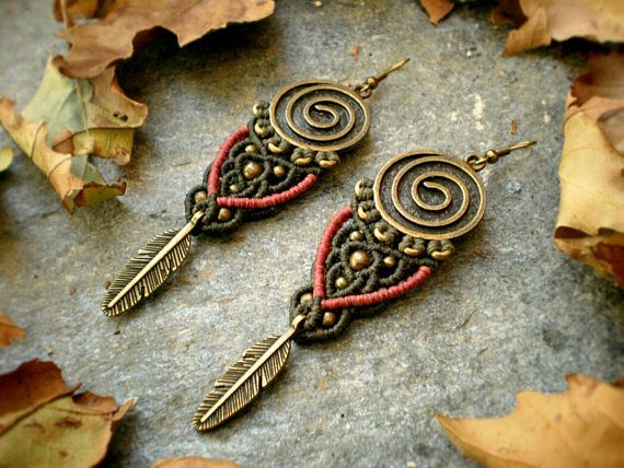 #bohemianstyle  long feather spiral #earrings  #autumncolors  #bohojewelry  #feathers #etsygifts #fashion