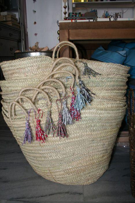 127 best paniers images on pinterest baskets hampers and straw bag. Black Bedroom Furniture Sets. Home Design Ideas