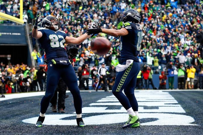 SEATTLE, WA - JANUARY 18: Luke Willson #82 of the Seattle Seahawks celebrates after scoring on a two point conversion during the fourth quarter of the 2015 NFC Championship game against the Green Bay Packers at CenturyLink Field on January 18, 2015 in Seattle, Washington. (Photo by Tom Pennington/Getty Images) Green Bay Packers vs. Seattle Seahawks - Photos - January 18, 2015 - ESPN