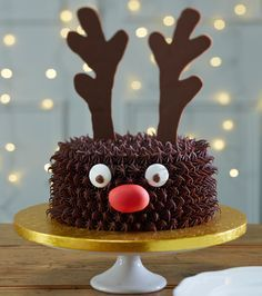 Learn how to make a fun reindeer cake for your Christmas party this year. The cute Rudolph face and chocolate flavour is sure to keep the kids happy.