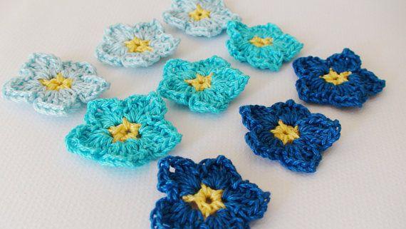 Blue crochet flowers  birthday favor  Blue Wedding favor
